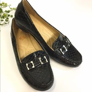Naturalizer Loafers